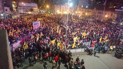 Concentración ciudadana en el atrio de la Plaza de San Francisco