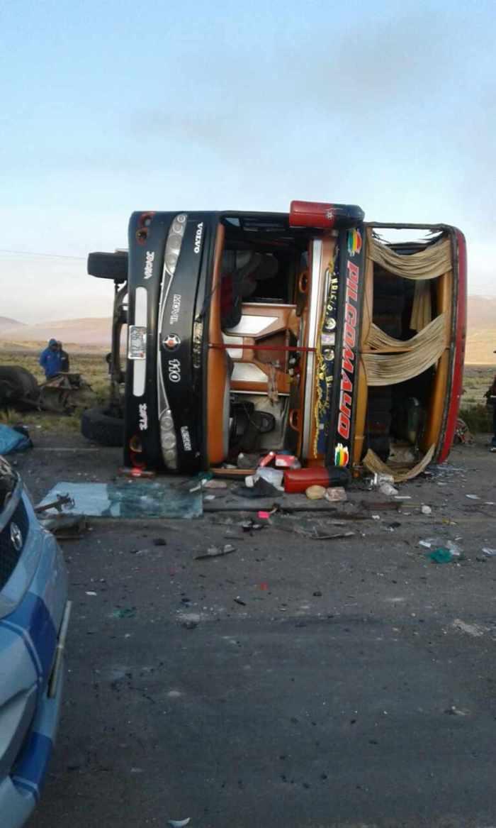 Accidente de flota Pilcomayo en carretera Oruro-Potosí