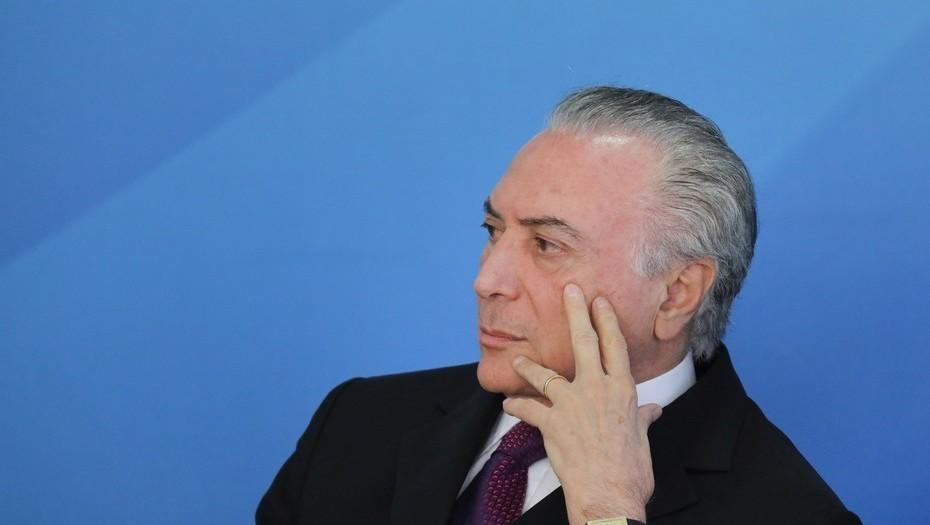 Brasil: Diputados rechazan cargos de corrupción contra Michel Temer