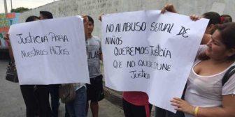El caso de un abuso sexual contra cien niños abrió viejas heridas en Ecuador
