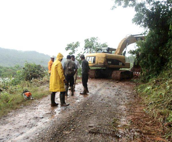 Resultado de imagen de Trabajadores del servicio departamental de caminos de Oruro