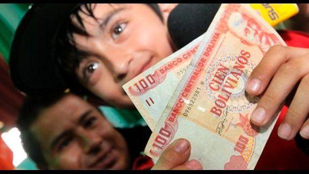 Más de dos millones de escolares recibirán el Bono Juancito Pinto