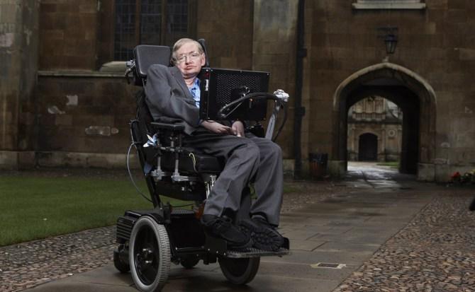 Por qué Stephen Hawking ha hecho pública su tesis medio siglo después de leerla