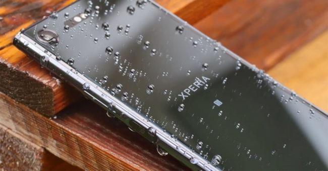 Sony Xperia XZ Premium de color plata