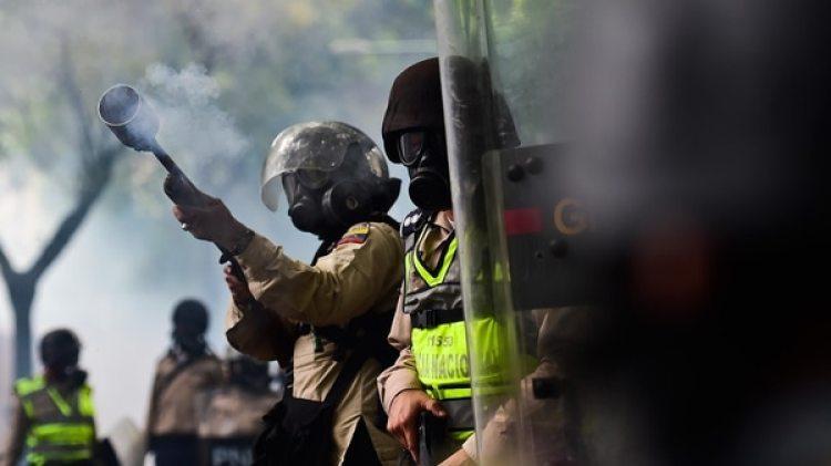 La Guardia Nacional Bolivariana (GNB) reprimió brutalmente a la población civil