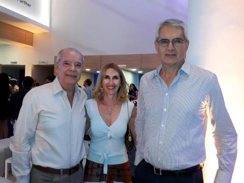 Rolando Bowles, Marcela Landicar y Percy Añez