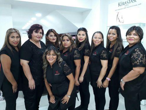 Mahaly Villa, Elizabet Reyes, Marlen, Cinthia Miranda, Carmen Banegas, Yoyi Canedo, Beverly Justiniano, Ma. Rodriguez y Lupe Lucan