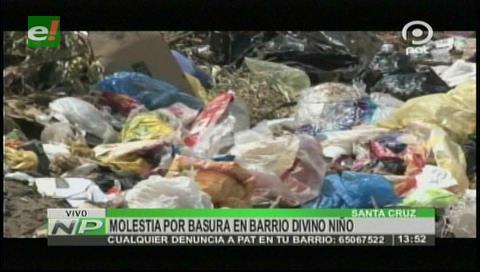 Molestia en los vecinos por la basura en el barrio Divino Niño