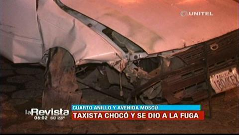 Taxista choca su vehículo contra el cordón de la avenida Moscú y lo abandona en el lugar