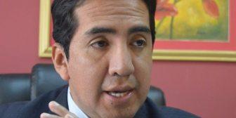 Según experto se está incitando al TC a cometer tres delitos al pedir que admita la reelección