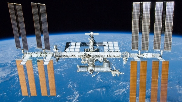 El carguero estadounidense Cygnus arriba a la EEI