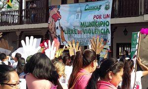 Resultado de imagen para 8 de cada 10 familias de Cochabamba se ejerce violencia contra niños