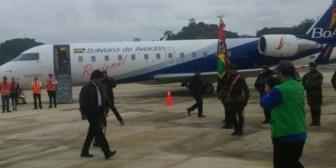 Morales inaugura vuelos comerciales de BoA en Monteagudo