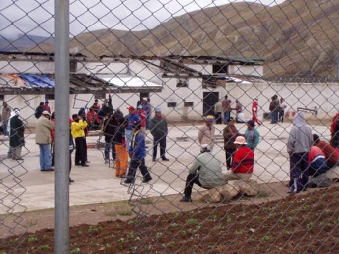 El centro no reune las condiciones para tal cantidad de presos.