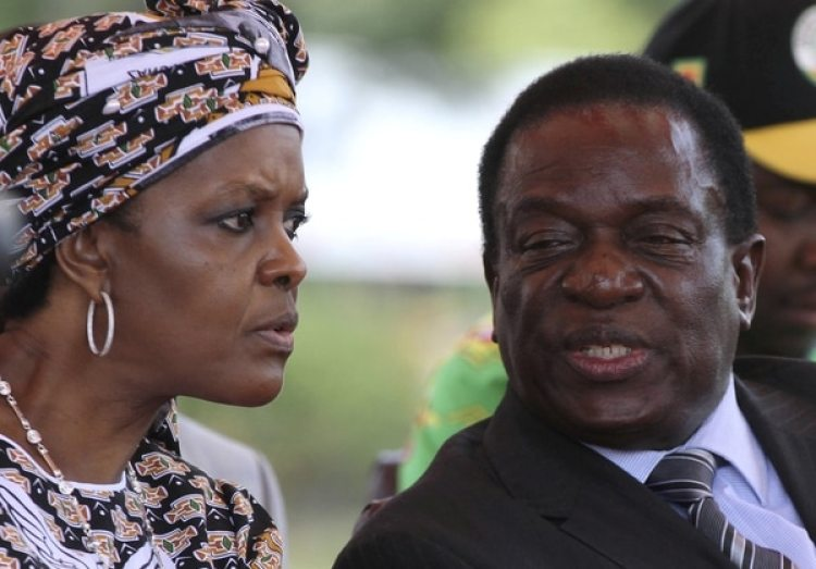 Grace Mugabe y el ex vice presidente Emmerson Mnangagwa (REUTERS/Philimon Bulawayo/File Photo)