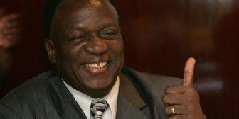 """Quién es el temible """"cocodrilo"""" Emmerson Mnangagwa, artífice del golpe en Zimbabwe y de la masacre de una etnia rival"""
