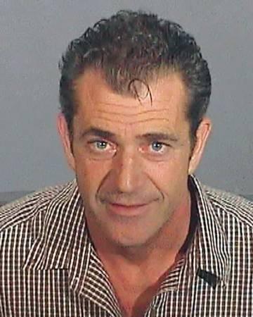 Mel Gibson, en la foto de su ficha policial tras ser detenido en 2006 por conducir borracho.