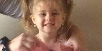 """La desesperada búsqueda de una madre de su hija de 3 años: """"Haré lo que me pidan pero devuélvanla sana y salva"""""""