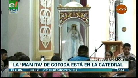 Miles de devotos recibieron a la Mamita de Cotoca
