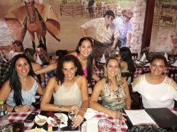 Ana Luisa Soria, Verónica Fraija, Goldy Peinado, Indira y Fernanda Aguilar