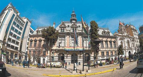 Frontis de la Alcaldía de La Paz.