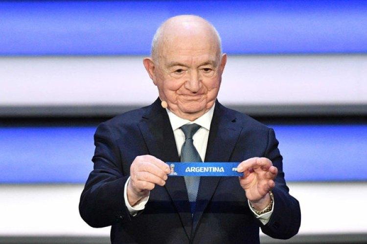 Nikita Simonyan dispuso que Argentina sea cabeza de serie del Grupo D (AFP PHOTO / Mladen ANTONOV)