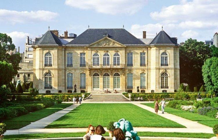 El Museo Rodin (Hotel Biron), en París, cerca de Los Inválidos