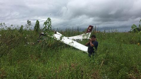 Cae una aeronave en el aeropuerto de de trinidad, con matrícula CP 1254