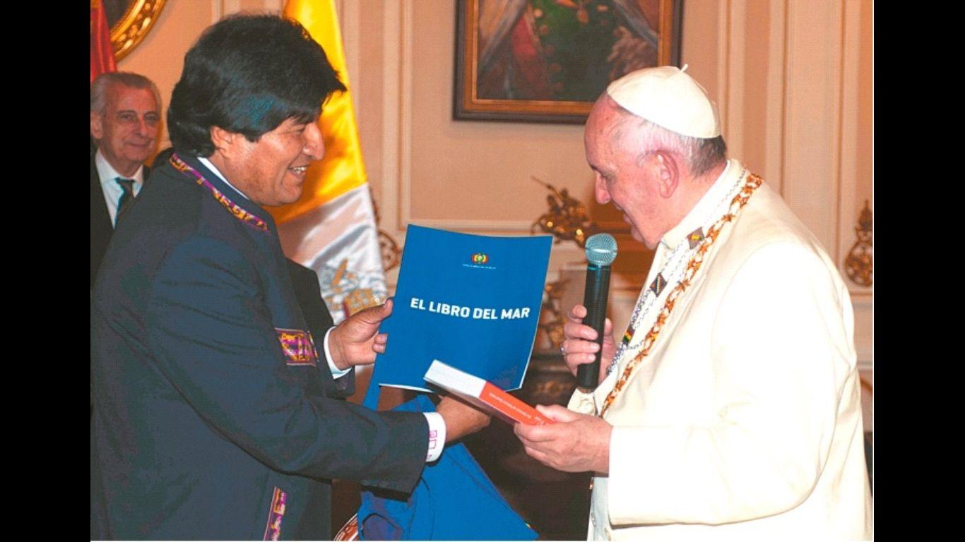 Evo Morales visita al Papa y agradece apoyo a reclamo marítimo