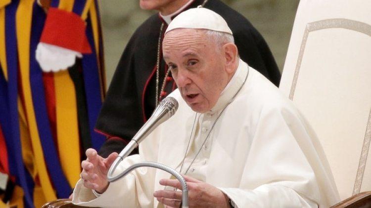 El Papa Francisco durante durante su discurso a la Curia en la sala Pablo VI del Vaticano el 21 de diciembre de 2017. (Reuters)