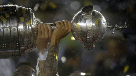 Universitario enfrentará a Oriente Petrolero en la Libertadores 2018