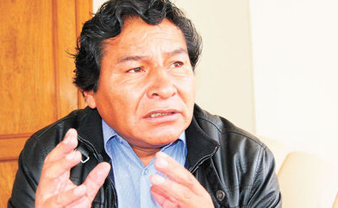 El Viceministro de Descolonización, Félix Cárdfenas, en una pasada entrevista. Foto: Nicolás Quinteros - archivo