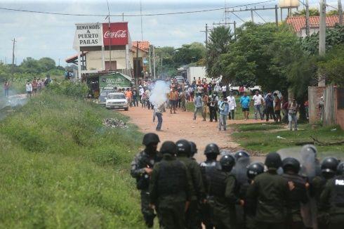Médicos salen a las carreteras en Santa Cruz y Pando