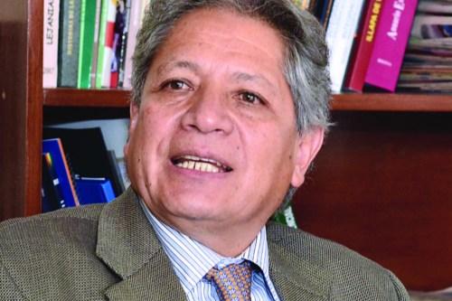 """Henry Oporto: """"El año 2017 marca un punto de inflexión en la política boliviana"""""""