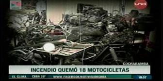 Voraz incendio en Cercado consume 18 motocicletas