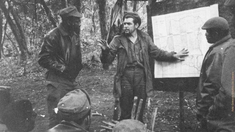 """Ernesto """"Che"""" Guevara escribió en un libro su fracaso africano"""