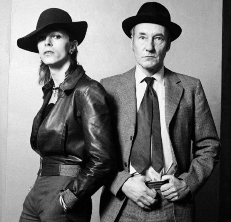 Bowie junto a Burroughs (Terry O'Neill)