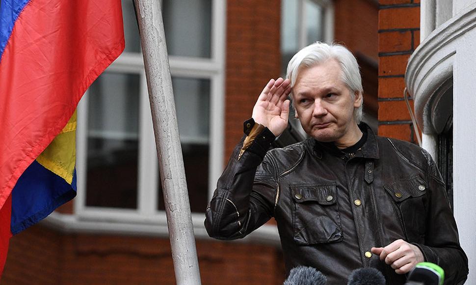 Julián Assange, ahora tiene nacionalidad ecuatoriana.