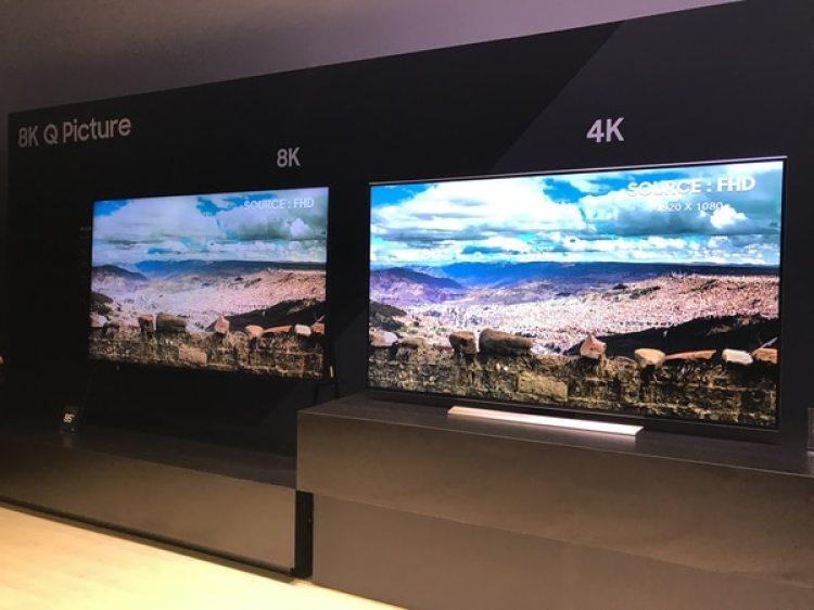 Samsung presentó una solución de inteligencia artificial en sus televisores que permite convertir cualquier contenido de bajar resolución en 8K