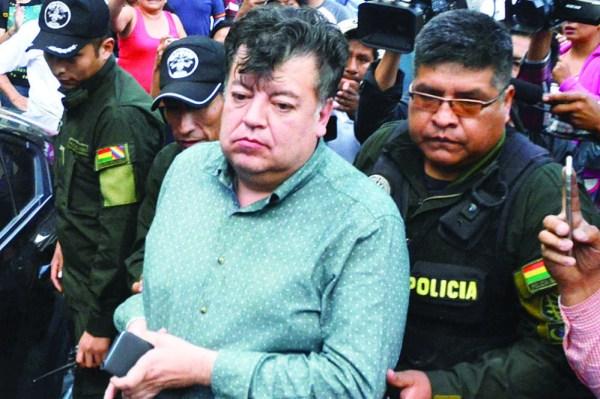 Cholango no podrá conducir por un año; pidió disculpas