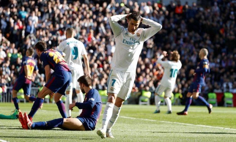 La derrota en el 'Clásico' ante el Barcelona, inició la crisis delReal Madrid (Reuters)