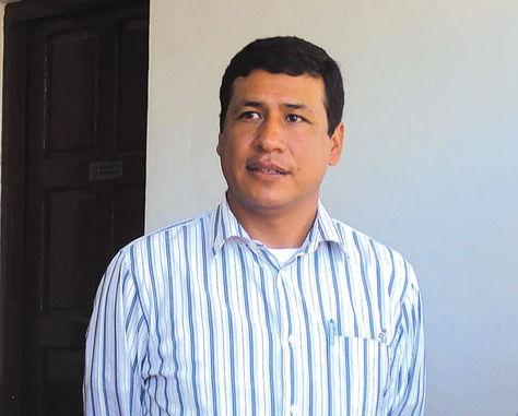 Autoridad. El viceministro Cabrera, en un acto oficial del Gobierno.