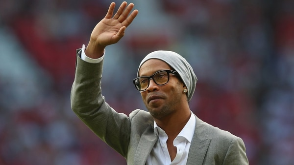 Ronaldinho Gaúcho anunció que se retira del fútbol profesional