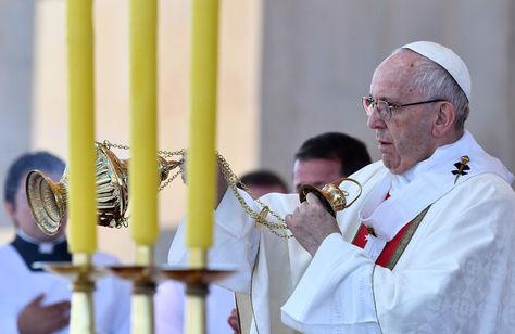 El Papa Francisco celebra una misa al aire libre en el aeropuerto Maquehue en Temuco, a 800 km al sur de Santiago. Foto: AFP