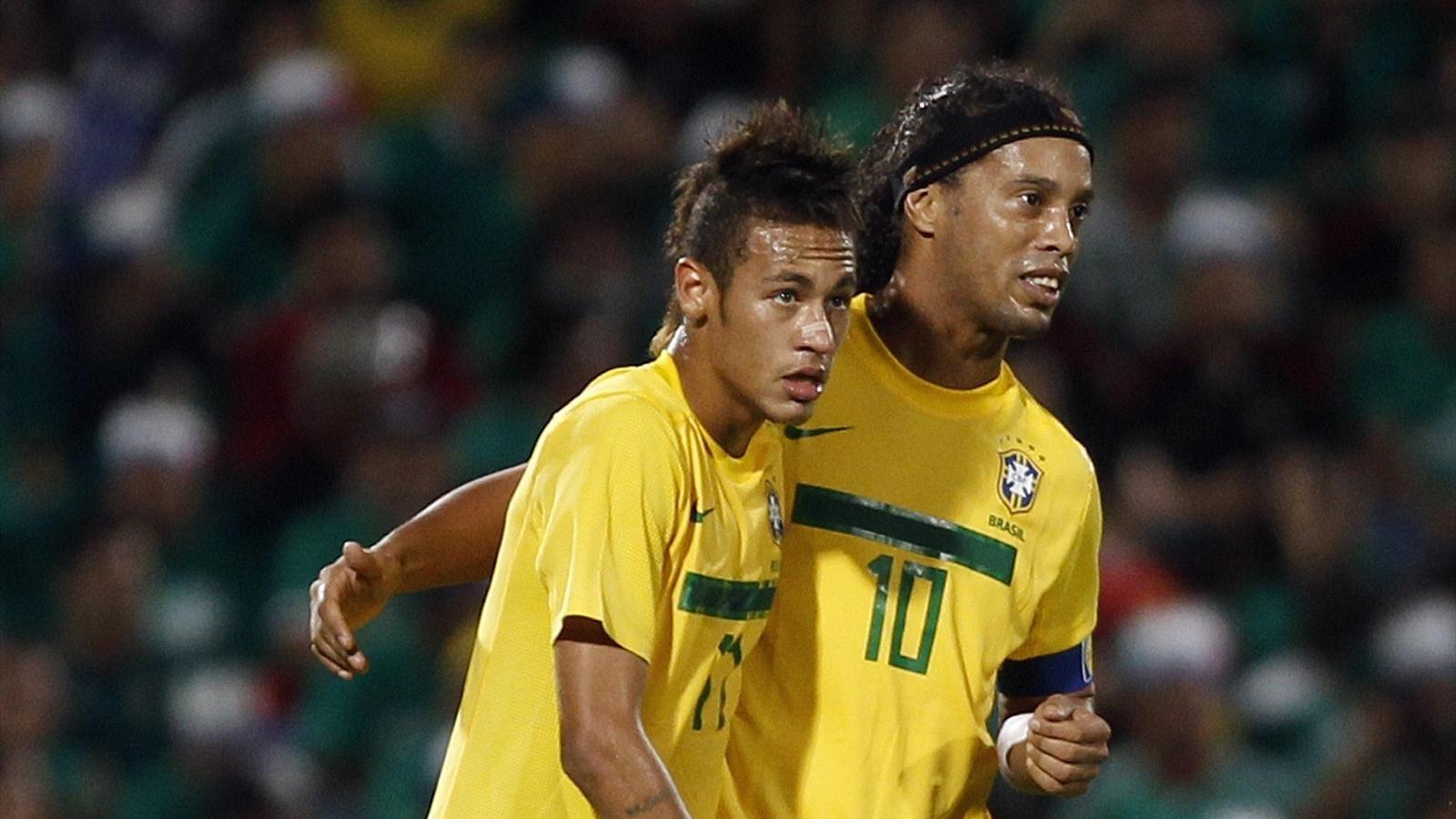 Resultado de imagen para neymar y ronaldinho