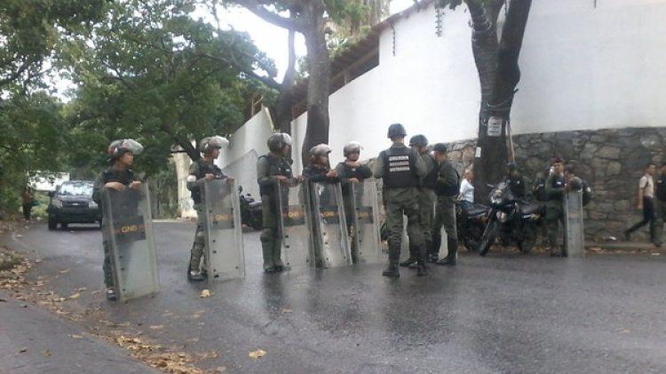 La morgue de Bello Monte está fuertemente custodiada (Gentileza NTN24)