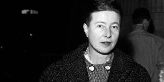 Subastaron 112 apasionadas cartas de amor enviadas por Simone de Beauvoir a uno de sus amantes