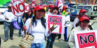 Oficialistas y opositores se acusan de promover rumores