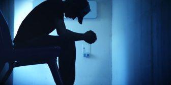 Prevención del suicidio: mensajes, llamadas y otras advertencias