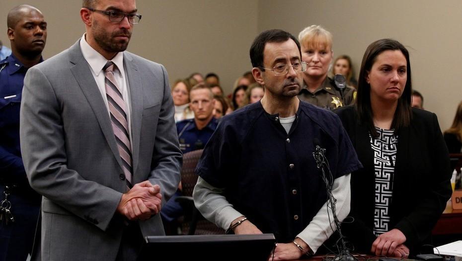 """Condenaron a """"entre 40 y 175 años"""" de cárcel al médico abusador serial de gimnastas"""